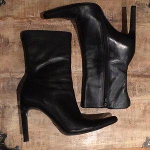 Steve Madden Triall Boots